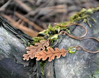 Fall earrings Oak leaf Outdoors gift Copper with peridot Autumn forest Woodland earrings Organic Rustic Nature inspired jewelry