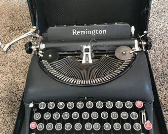 Vintage Remington Rand 5 model typewriter