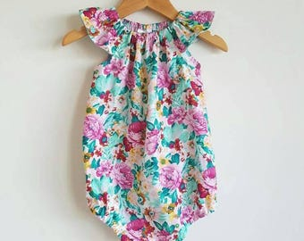 Baby girls playsuit // flutter sleeve // romper // pink // mint green // floral // spring // baby gift // baby shower