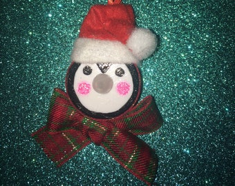 Penguin tealight ornament