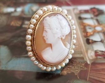 Antique 14k Gold Carved Shell Cameo Ring with Pearls Size 6.25