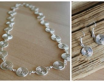 Silver Spiral Necklace and Earring Set in Silver plated wire (jewellery)
