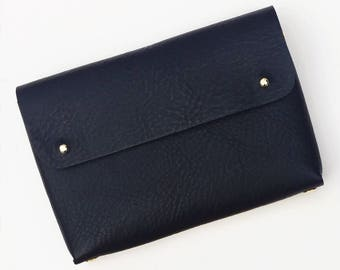 Personalised folded handmade leather pouch - MONA - Black grained leather