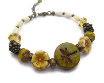 Bracelet Bohemian beads Czech glass green and ecru