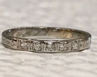 Vintage 18k diamond wedding band