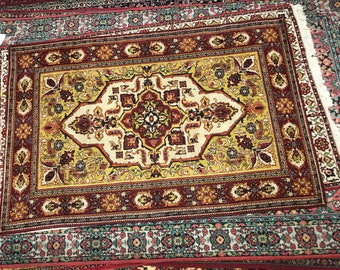 Flowered rug 100% wool floral pattern rug brown beige and yellow color warm vintage old rug middle rug retro suitable for home & restaurant.