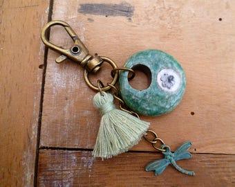 porte-clef poétique céramique artisanales raku, libellule et pompon vert d'eau, gri-gri, bijou de sac, cadeau femme, fête des mères