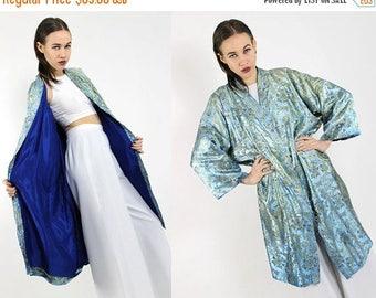 SUMMER33OFF vtg baby blue satin oriental  novelty mid length duster kimono robe S M