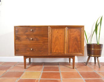 Mid Century Credenza Buffet Sideboard Console by Drexel Declaration