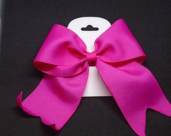 """4.5"""" Hot Pink Bow"""
