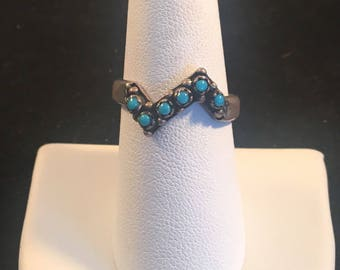 Vintage Native American Zuni Turquoise and Sterling Silver Petit Point Ring Size 8.5