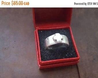 ON SALE Vintage Handmade Sterling Silver 'Cross' Ring