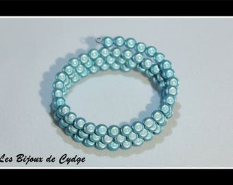 Turquoise beaded bracelet magic on 3 rows of 55mm memory