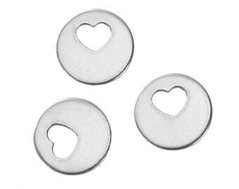 5 round charms with hollow heart stainless steel 1.3 cm