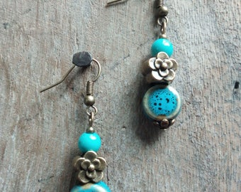 1060 - ethnic earrings made of ceramic.