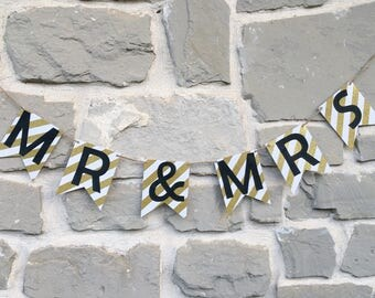 Mr and Mrs banner, Bridal shower decor, wedding decor, Black and Gold banner, Bridal shower banner