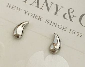 Excellent Authentic Tiffany & Co. PT950 Platinum Elsa Peretti Teardrop Earrings