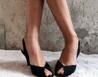 Vintage 70s, Casadei Satin Fabric Bows Slingback Heels Pumps