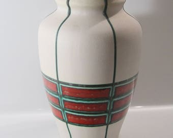 Great Bay vase 931-30 West German Pottery, WGP, Fat Lava