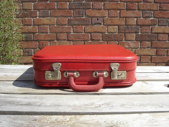 Petite valise en carton little nice suitcase france - Valise carton vintage ...