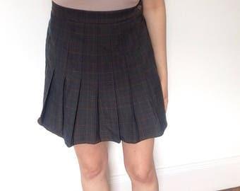 90s Vintage Tartan Pleated Schoolgirl Uniform Skirt / Vtg Medium M