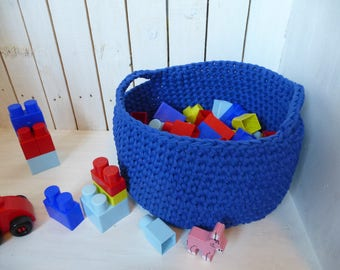 with Central blue storage basket