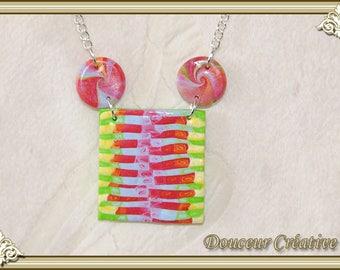 Multicolored necklace square spiral 103036