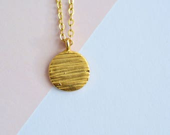 Coin Necklace/ Disc Necklace/ Dainty Necklace/ Layering Necklace/ Minimalist Necklace/ Gold necklace
