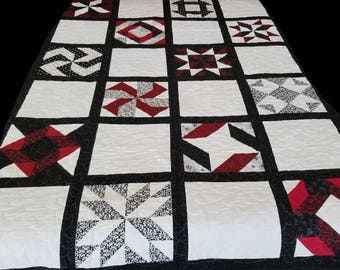 Handmade Quilt. Black and white quilt. Perfect gift!!