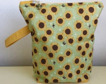 Zippered Project Bag - Sunflowers and Bees (medium size)