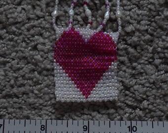 Heat pin made of seed beads