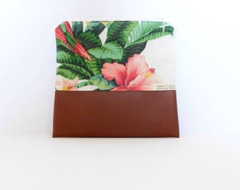 Travel Pouch // Clutch // Cosmetic Bag // True Leaf Collection