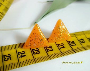 Graphic line. Pair of handcrafted polymer clay glitter gold