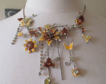 yellow flowers fashion necklace
