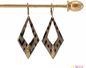 Earrings resin diamond black gold graphic pattern and sequins