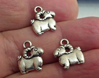 Set Of 5 GOAT SHEEP Charm Jewelry Findings  /1z