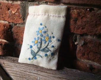 Lavender bag, large lavender bag, lavender sachet, scented draw , Mother's Day, hand embroidered, lavender