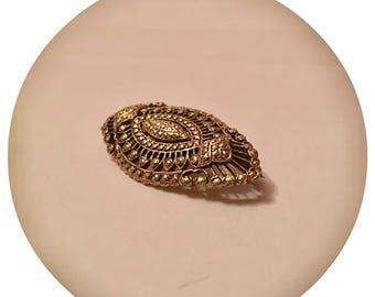 Vintage 1950's 'KIGU' Gold Tone Pin Brooch