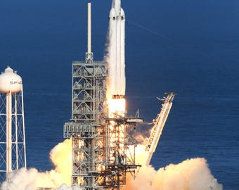 SpaceX Falcon Heavy Lift Off from Launch Pad 39A at the Kennedy Space Center - 5X7, 8X10 or 11X14 NASA Photo (AB-650)