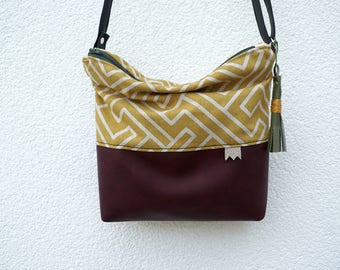 Small bag, mustard and Burgundy graphic