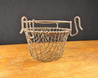 Wire Kitchen Strainer Dryer Drying Rack Wash Rack Cup Bucket Sponge Holder Vintage