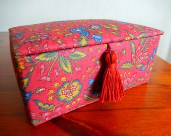 Satin lined trinket box, red trinket box, floral fabric covered box, necklace storage box, padded box, jewellery box