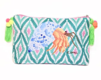 Pom Pom Bag, Gift Makeup Lover, Tassel Purse, Preppy Crab, Gift Beach Lover, Colorful Makeup Bag, Hermit Crab, Neon Purse, Travel Pouch