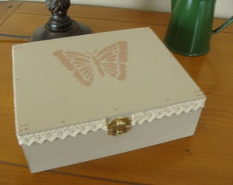 Grey wood beads beige Butterfly box and cotton lace
