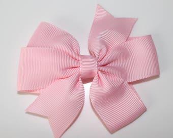 Light pink bow hair clip