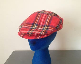 Vintage 80's Red Plaid Newsboy Cabbie Dad Hat Fitted Ugly Golf Cap Size Large 7 3/4 Street Wear