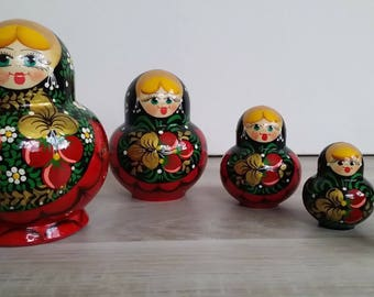 Matriochkas, Russian doll nesting doll 5 PCs