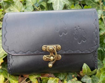 Handcrafted vegetable tanned leather belt pouch