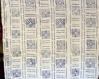 White and denim Mudcloth print