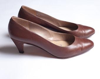 Tamaño Vintage años 80 cuero marrón clásico Rangoni bombas tacón bajo zapatos Retro cuero tacones Vintage años 80 bombas de los años 80 los talones de las mujeres 6.5